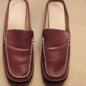 Women's Brown leather open back loafers size 9M